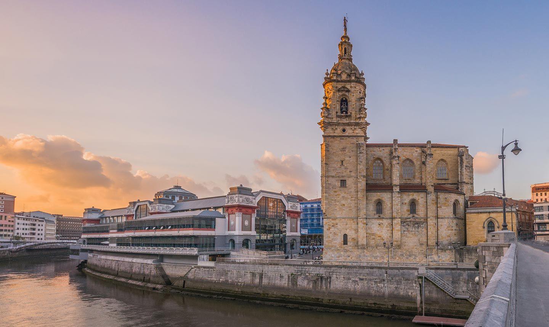 Resultado de imagen de Bilbao iglesia de San Antón puente